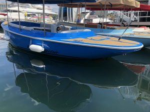 2019 FANTAIL 217 | BLUE | FULLY EQUIPPED | 2